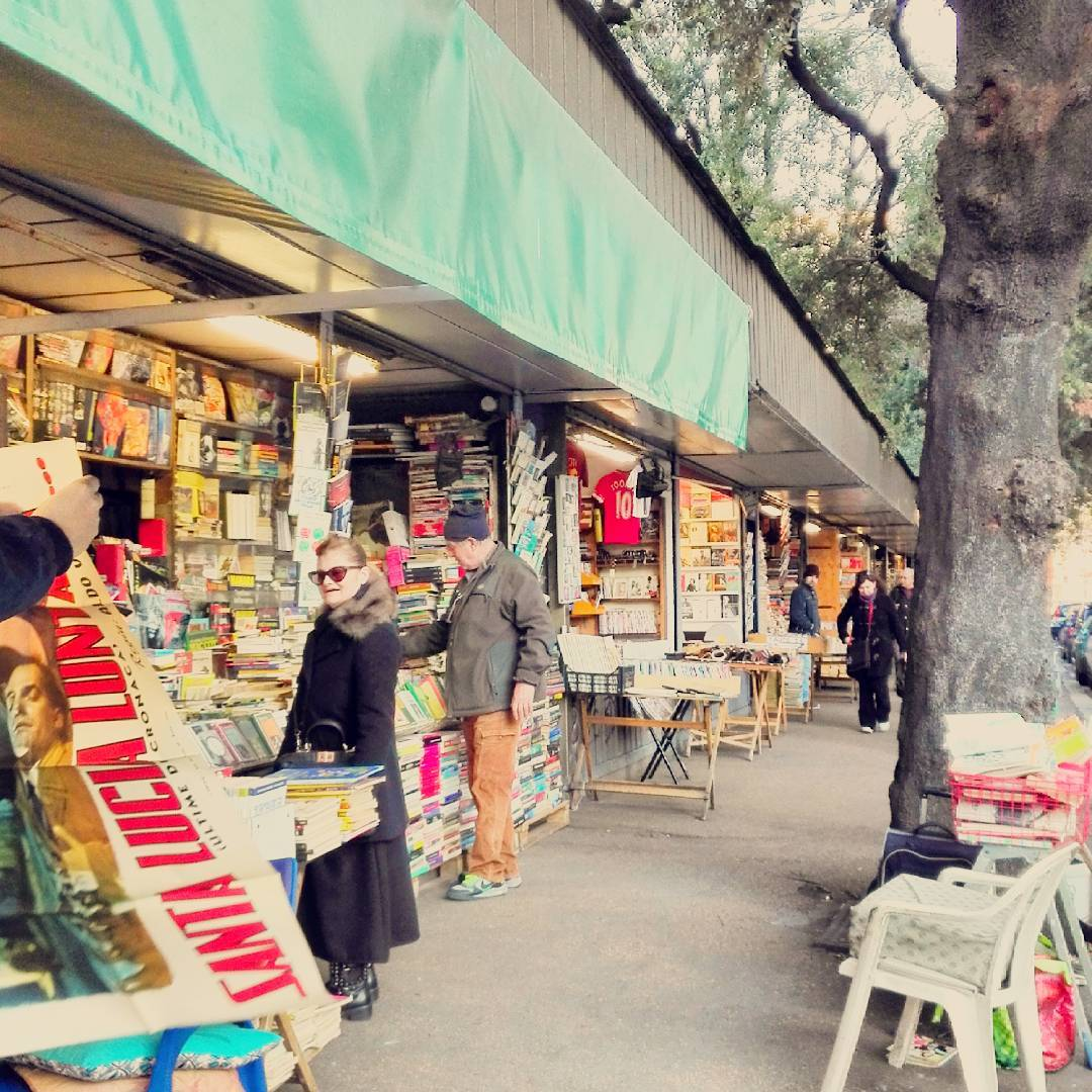 Roma mercato dei libri